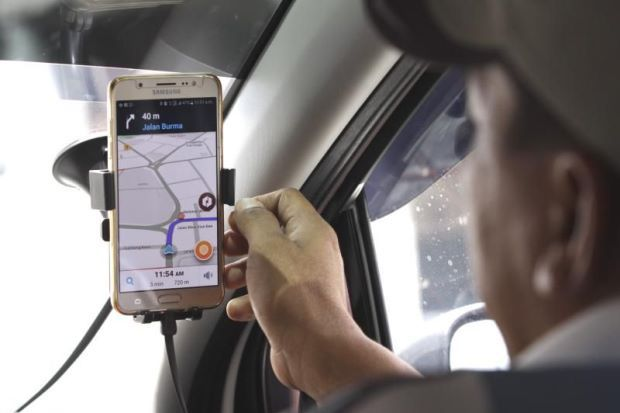 E-hailing firms advise passengers to prepare for new rules | The Star
