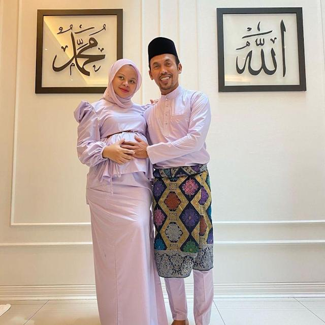 Covid-19: Seven-month pregnant Malaysian singer Siti Sarah, family test positive